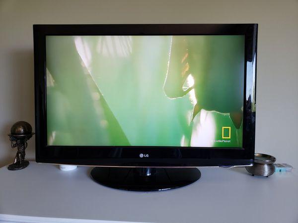 LG 37in TV