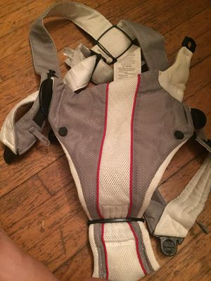 Baby Bjorn baby carrier for Sale in Arlington, VA