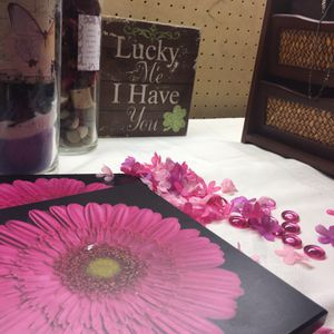Decorative Unique ,One Of A Kind Vases ,And 4 Picture Flowers And Lucky Me I Have You Sign #valentinesday #love for Sale in Denver, CO