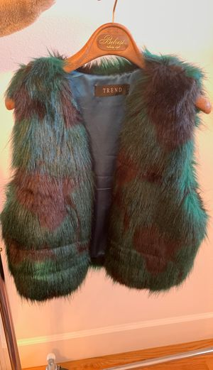 Small never been worn faux fur vest for Sale in San Francisco, CA