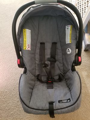 Stroller / car seat Graco newborn-infant car seat/stroller system. for Sale in Virginia Beach, VA