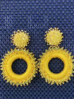 Yellow earrings made with beads. for Sale in Miami,  FL