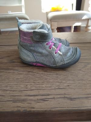 Stride right toddler boots for Sale in Elk Grove, CA