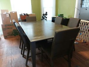 Dining Table and Chairs $175 for Sale in Battle Creek, MI