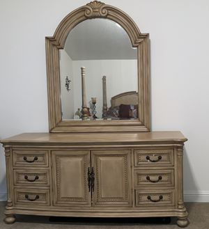 King Bedroom for Sale in Tigard, OR