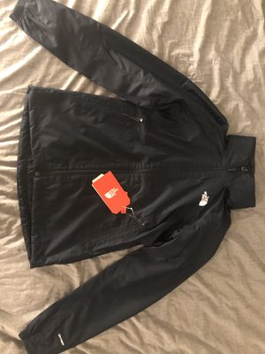 THE NORTH FACE W HIKE JACKET NAVY SIZE XS for Sale in Palm Beach Gardens, FL