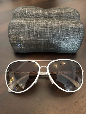 Chanel Pilot Winter Sunglasses (women's) for Sale in Miami, FL