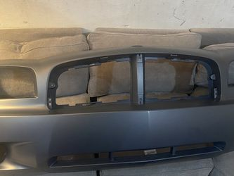Front bumper Cover 2006 Dodge Charger 2.7 V6 for Sale in Lynnwood,  WA