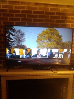 Lg smart tv 55in for Sale in Raleigh, NC