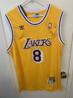 Kobe Bryant #8 yellow Los Angeles Lakers Jersey for Sale in Los Angeles, CA