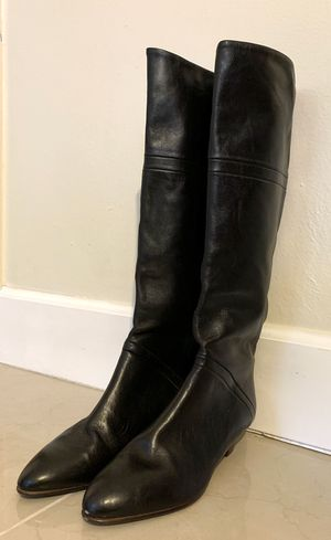 Black leather boots - made in Italy 🇮🇹 size 7 1/2 for Sale in Miami, FL