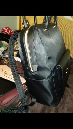 New womens bag turns into a purse or backpack for Sale in Minneapolis, MN