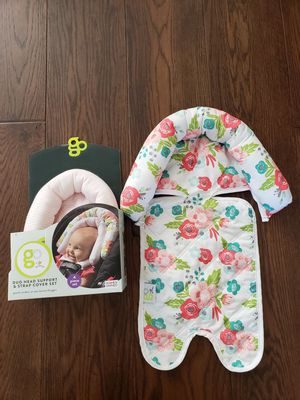 GO by Goldbug Floral Duo Car Seat Head Support and Strap Set for Sale in Ventura, CA