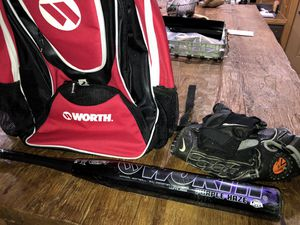 Worth Softball bat, Bag and glove. Purple haze for Sale in San Leon, TX