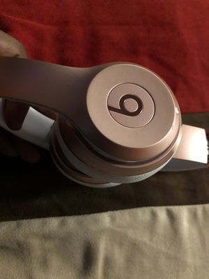 Beats solo 3 .. for Sale in Fort Washington, MD