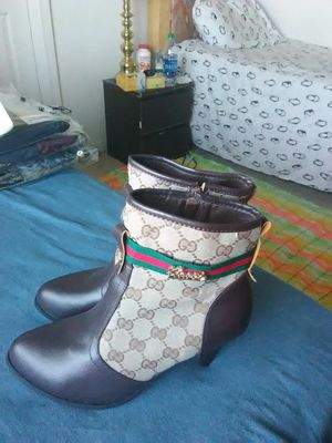 Gucci shoes for Sale in Indio, CA