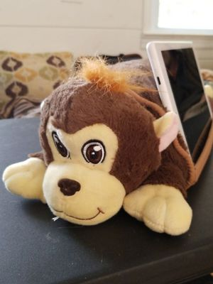 New cute stuffed monkey animal that holds kids tablet up to 10 inches. for Sale in Brick Township, NJ