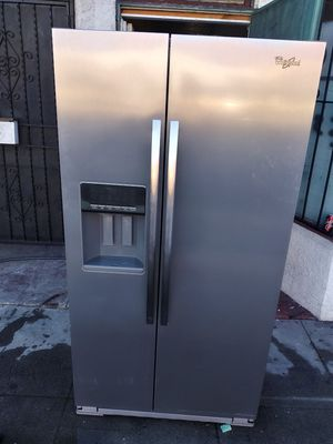 Amazing refrigerator Whirlpool Gold stainless steel work amazing for Sale in Los Angeles, CA