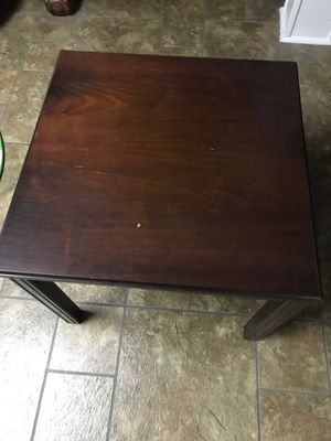 Wooden coffee table, end table or computer table for Sale in Niles, IL