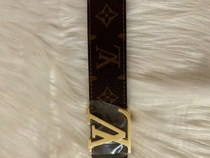 Brown belt with gold buckle for Sale in Brooklyn, NY