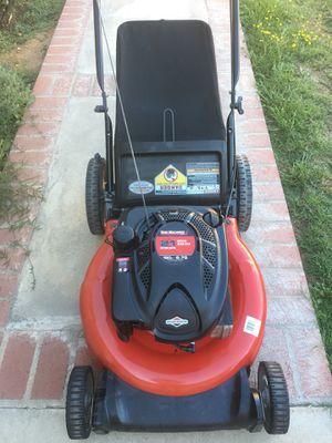 Yard Machines Lawnmower 6.75HP for Sale in Riverside, CA