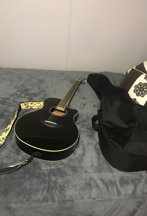 Acoustic guitar for Sale in Pearland, TX