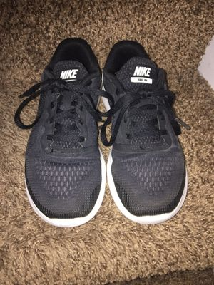 Nike shoes size 2.5y for Sale in Riverbank, CA