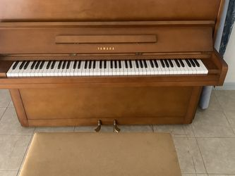 Piano Yamaha for Sale in Dade City,  FL