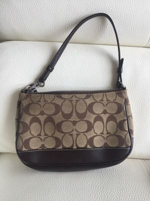 Small coach bag for Sale in Tampa, FL