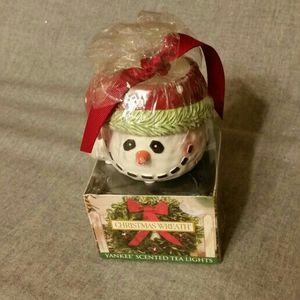 Yankee- Scented Tea Lights- Christmas Wreath for Sale in Wichita, KS