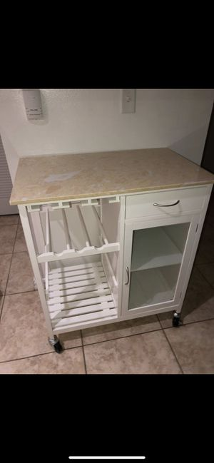 Mobile kitchen island 100 obo for Sale in Homestead, FL