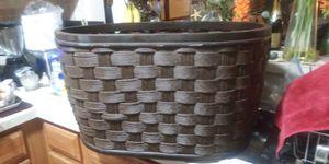 Ex larg gorgous wood made basket gd home decor etc 18dol firm lots gd deals my post go look for Sale in Jupiter, FL