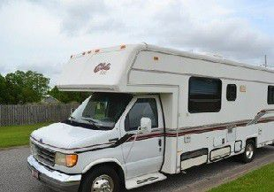 sleeps up to 6 comfortably 1994 Callista Cove by Carriage Class C 30ft for Sale in Philadelphia,  PA