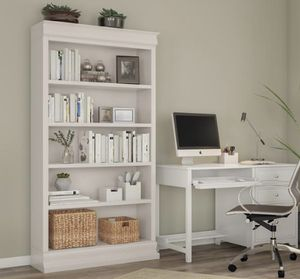 73 in. Polar White Wood 5-shelf Standard Bookcase with Adjustable Shelves for Sale in Plano, TX