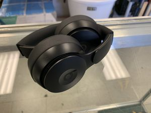 Beats solo pro headphones for Sale in Austin, TX