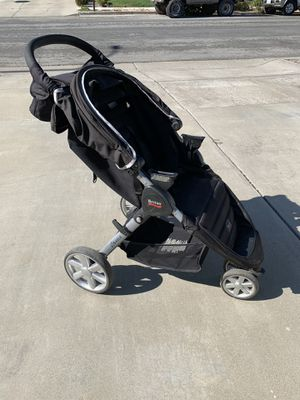 Britax B-Agile Stroller with Infant Car Seat attachments for Sale in Hollister, CA