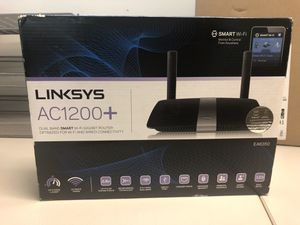 Linksys Dual-Band AC1200 WiFi and Router for Sale in Knightdale, NC