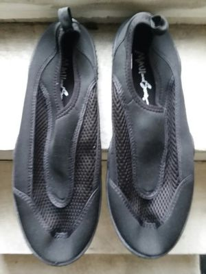 Maui water shoes mens for Sale in San Diego, CA