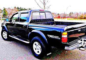 ֆ14OO 4WD Toyota Tacoma 4WD for Sale in Wellington, KS