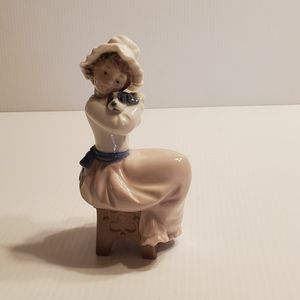 "Vintage 1987 NAO by Lladro Big Hug figurine Girl hugging puppy. Made in Spain. 6.5"" tall for Sale in Campbell, CA"