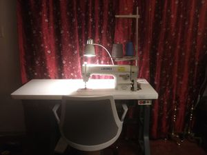 Industrial sewing machine 1 owner for Sale in Chula Vista, CA
