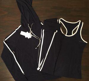 3 piece set hoodie leggings and top new. Conjunto de sudadera Mallon y blusa, nuevos for Sale in Glendale, AZ
