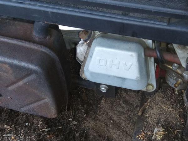 Briggs & Stratton 301cc OHV engine