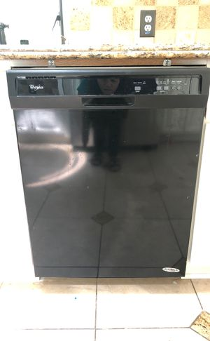 Whirlpool dishwasher. for Sale in Pasadena, CA