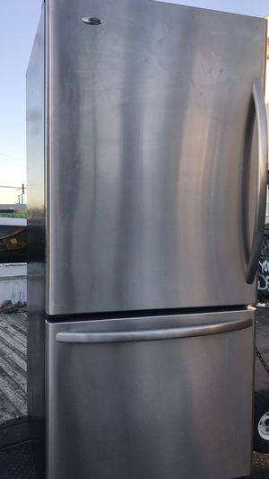 BOTTOM Freezer refrigerator apartment size stainless steel for Sale in La Habra, CA