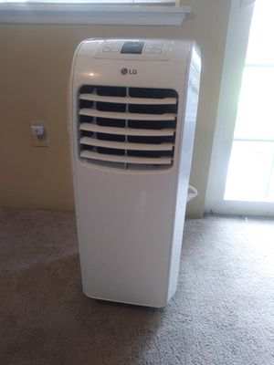 LG portable air conditioner. for Sale in Puyallup, WA