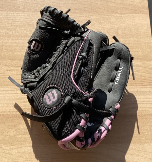 Wilson Girls Baseball Glove
