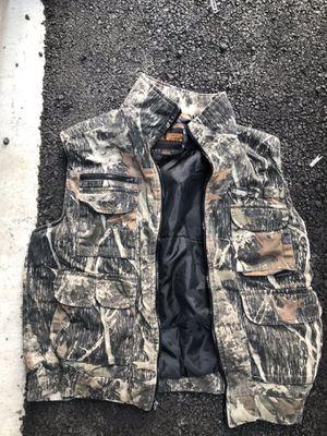 Cammo vest for Sale in Prineville, OR