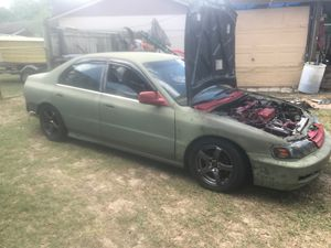94 accord runs (tranny isnt taking third) will trade for Sale in Lakeland, FL