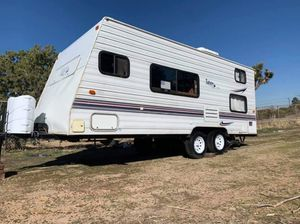 2003 thor Tahoe lite travel trailer for Sale in Palmdale, CA